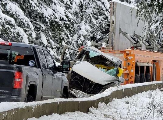https://i2.wp.com/www.northshoredailypost.com/wp-content/uploads/2021/02/highway-5-accident.jpg?fit=535%2C395&ssl=1