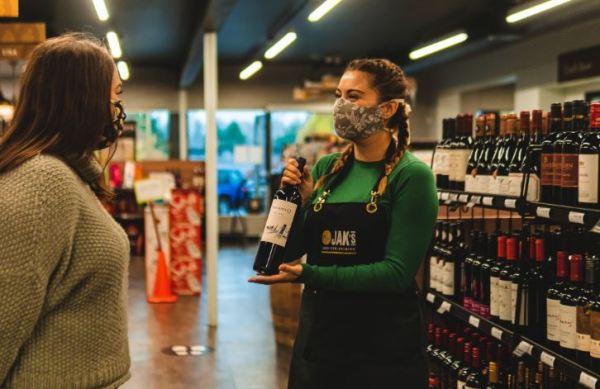 https://i2.wp.com/www.northshoredailypost.com/wp-content/uploads/2021/04/Dundarave-wine-store.jpg?fit=600%2C389&ssl=1