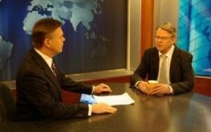 Martin Savidge, World Focus, and UN Ambassador Morten Wetland. (Photo: Siv Helén Strømland/MFA)
