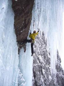 Photo: www.planetmountain.com
