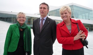 Stoltenberg's 2nd Government: From the left: Minister of Transport and Communications and leader of the Centre Party, Liv Signe Navarsete, Prime Minister and leader of the Labour Party, Jens Stoltenberg and Minister of Finance and leader of the Socialist Left Party, Kristin Halvorsen. Photo: Office of the Prime Minister.