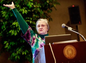 Elinor Ostrom delivering a lecture at Indiana University, Bloomington, July 2008. Photo: Courtesy of Indiana University