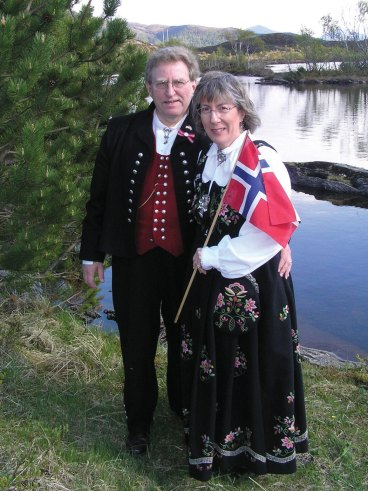 Travel-Syttende-Mai-in-Norway