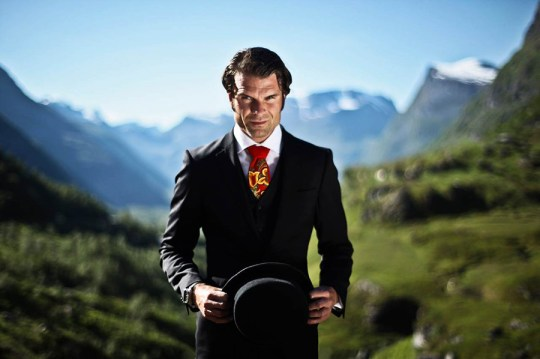 SPTZBRGN's bunad tie gives a fun, modern twist to Norwegian heritage. Photo: SPTZBRGN