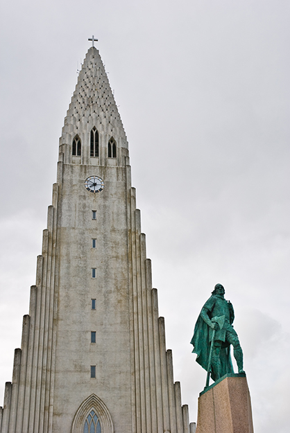 Photo: Thomas Quine / Flickr In 1930, the United States Government presented the country of Iceland with an impressive statue of Leif Erikson, which stands in a prominent location in front of Hallgrímskirkja in Reykjavik. It was given as a tribute to the Millennium celebration of the Althing, Iceland's Parliament, started in the year 930. A duplicate statue stands in the Mariners Museum in Norfolk, Virginia.