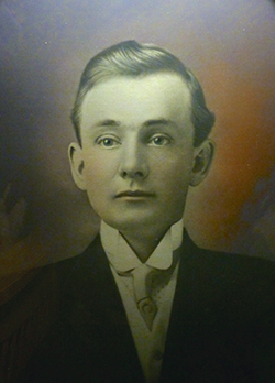 Photos courtesy of Shelby Gilje William Ellis Evans, Sr. remained married to his first wife through 25 years of his marriage to Myrtle Grace Einum.