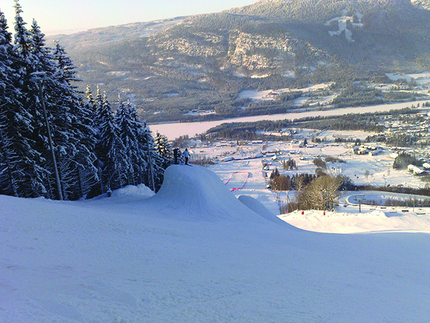 Photo: Ole C. Eid / Wikimedia Commons The view from Hafjell, the third-largest Alpine ski center in Norway.