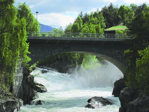 Photo: Jack Kollé Bøvra River running high after floods.