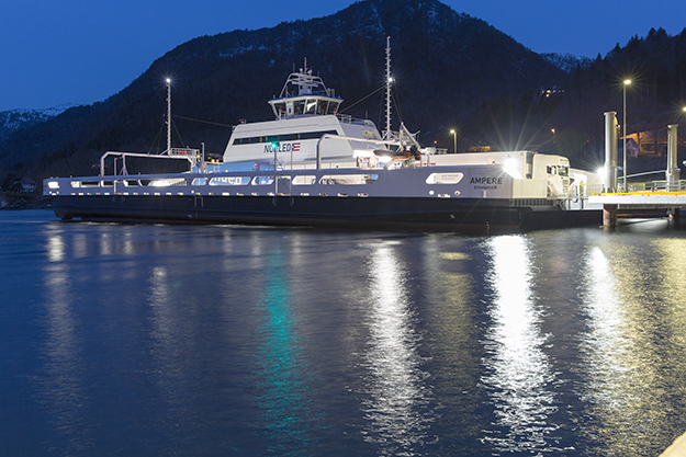 Photo: ©Siemens AG / Reprinted from Siemens' Pictures of the Future online-magazine Ampere ferry at a terminal at night.