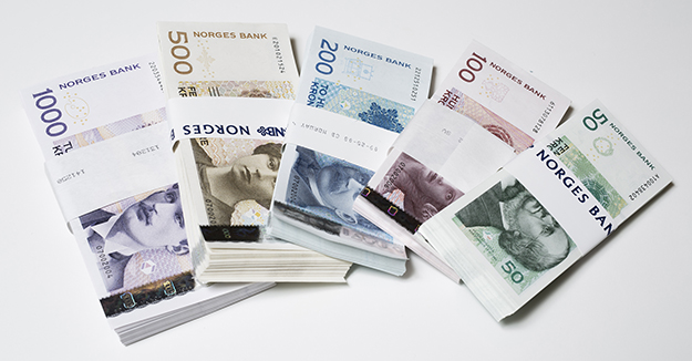 Photo: Nils S. Aasheim / Norges Bank Norwegian banknotes, though attractive, are being used less and less frequently.