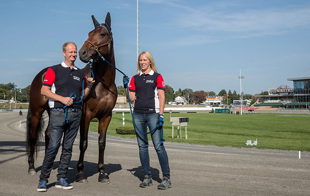Photo: Eirik Stenhaug / VG  Papagayo E in January with trainers Kristian Waaler and Ragnhild Diesen.