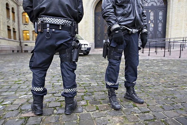 Photo: Roger Neumann / VG Norway's police have been ordered to disarm.