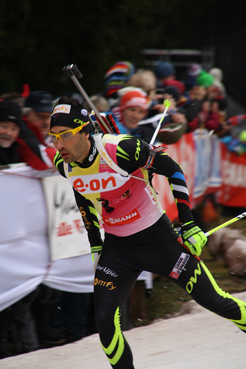 Photo: Wikijunkie photo /  Wikimedia Commons Martin Fourcade in Mens Pursuit, Biathlon World Cup, Oberhof, 2014.