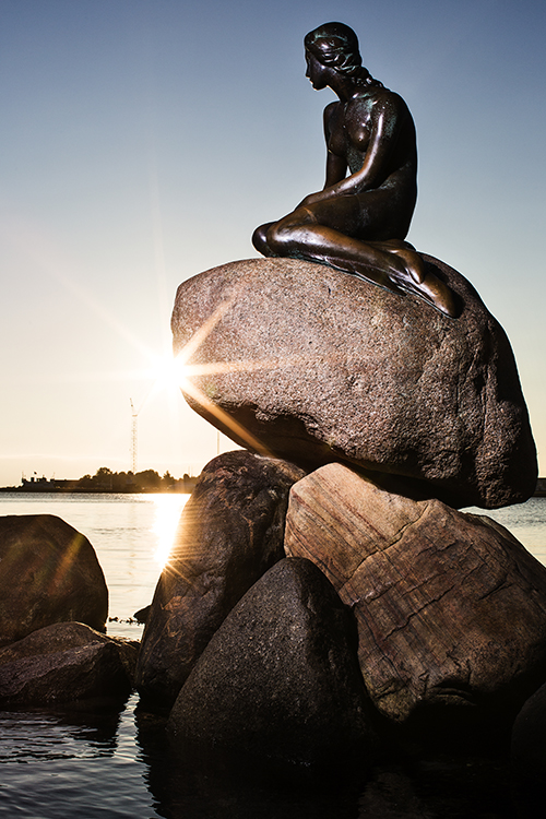 Photo: Rasmus Flindt Pedersen / courtesy of Wonderful Copenhagen The sculpture of The Little Mermaid at Langelinje Pier was sculpted by Edvard Eriksen as a gift to the city from Danish brewer Carl Jacobsen.