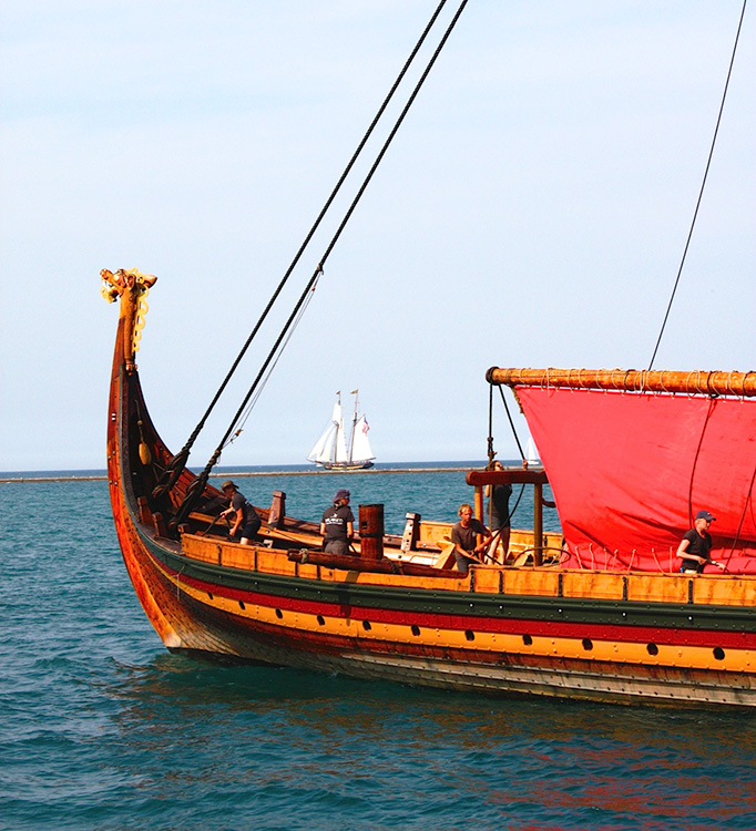 Photo: Nancy Andersen The Draken Harald Hårfagre in Chicago. The issue of fees was a distraction on its Great Lakes visit.