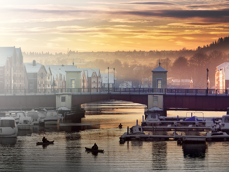 A view of a bridge in Trondheim.