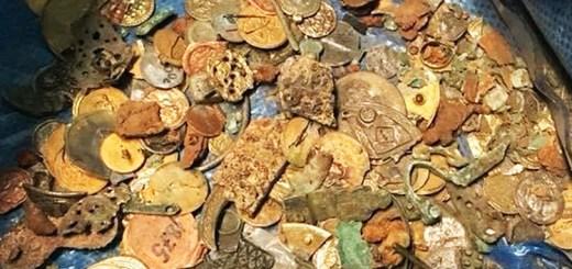 A bag full of returned Viking treasures.