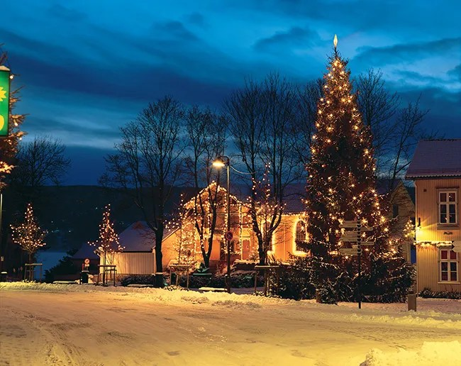 Where does Santa live: Norway