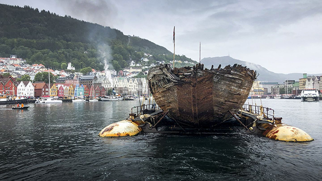 ship Maud