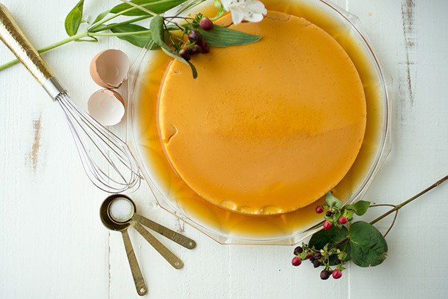 Image from above of a caramel custard