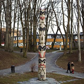 Totem pole by Duane Pasco