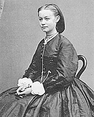 a black and white portrait of Agathe Backer Grøndahl