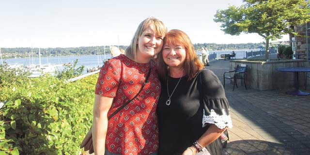 Courtney and Diane Olsen at the Daughters of Norway Convention