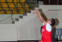 حسن لاعب كرة السلة من ذوي الاحتياجات الخاصة