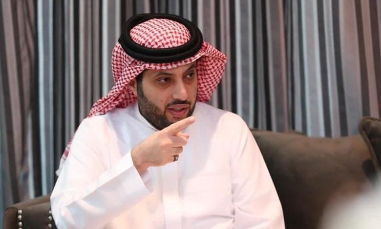 تركي آل الشيخ يغرد ردًا على طفلة من ذوي الاحتياجات الخاصة (فيديو)