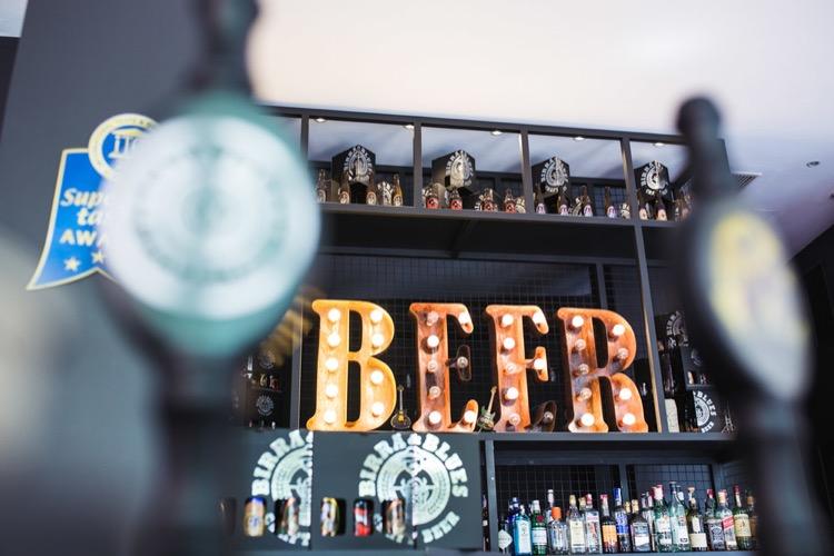 Beer & Bourbon Bar 21