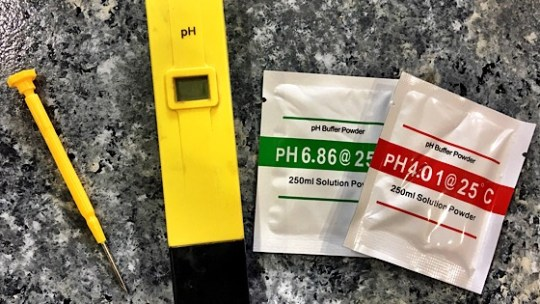 How Calibrate A Hydroponic pH Meter