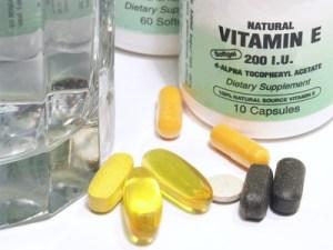 Los suplementos vitamínicos: usos, beneficios y riesgos