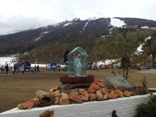 Nossa Senhora das Neves, padroeira dos esquiadores