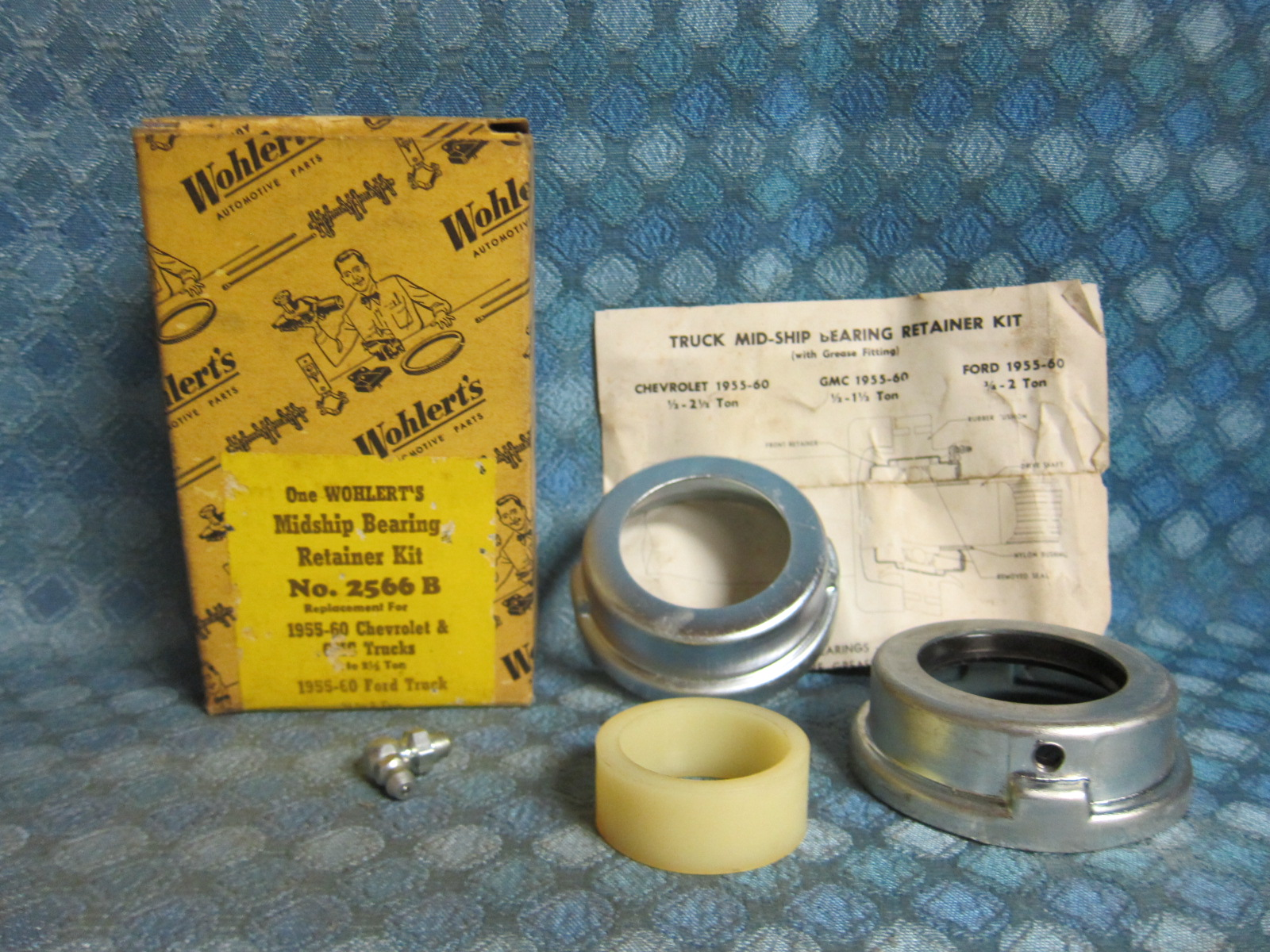 1955-60 Chevy GMC Truck 1/2 - 2 1/2 Ton NORS Midship Bearing Retainer Kit  57 59 - NOS Texas Parts, LLC - Antique Auto Parts
