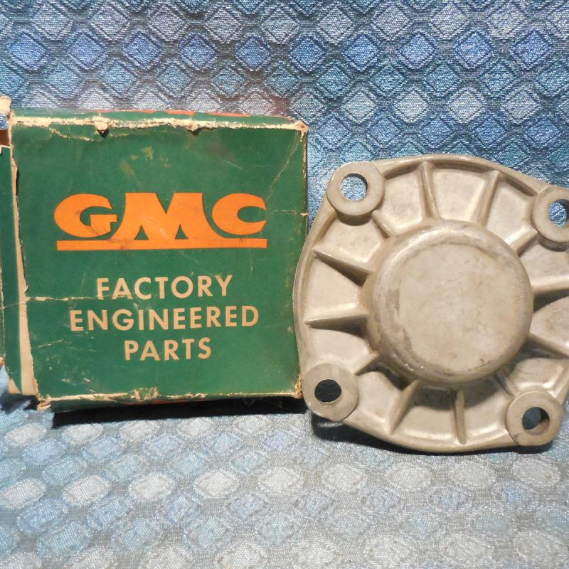 1956-1965 GMC Truck NOS Trans. Rear Bearing Retainer 57 58 59 60 61 62 (SEE AD)