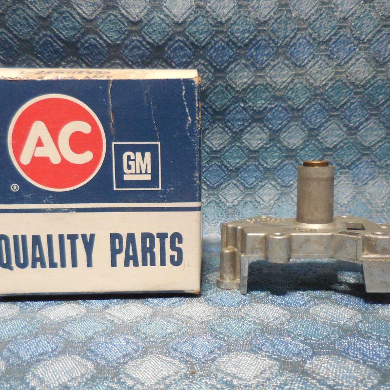 1986 Pontiac Olds Chevy GMC G Van  NOS AC Speedometer Frame & Bearing  #25045483