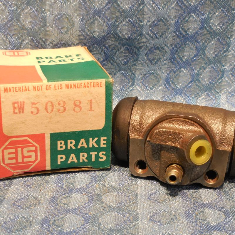 1965-1970 AMC NORS Rear LH Wheel Brake Cylinder 66 67 68 69 # EW50381 (SEE AD)