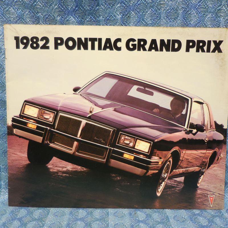 1982 Pontiac Grand Prix Original Sales Brochure Inc. Brougham & LJ