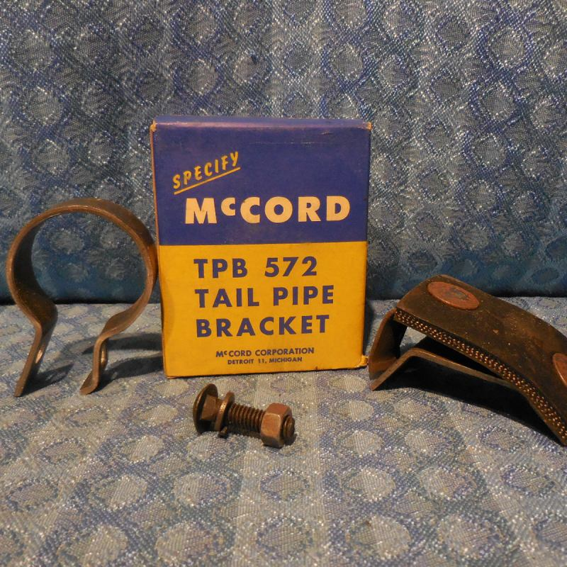Late 1957-1959 Ford Pass 6 Cyl NORS Tail Pipe Bracket 1958 #TPB-572