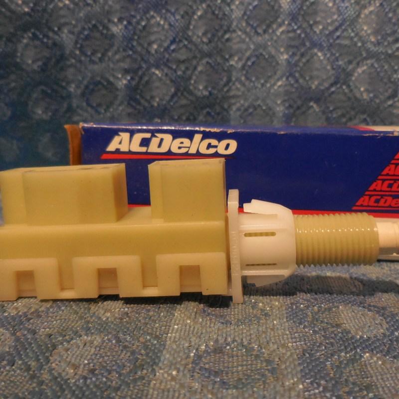 NOS AC Delco Brake Light Switch #10228811 #D15660 Buick Pontiac Oldsmobile Chevy