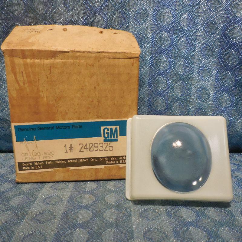 NOS GM Glass Lamp Lens #2409326 GMC Truck