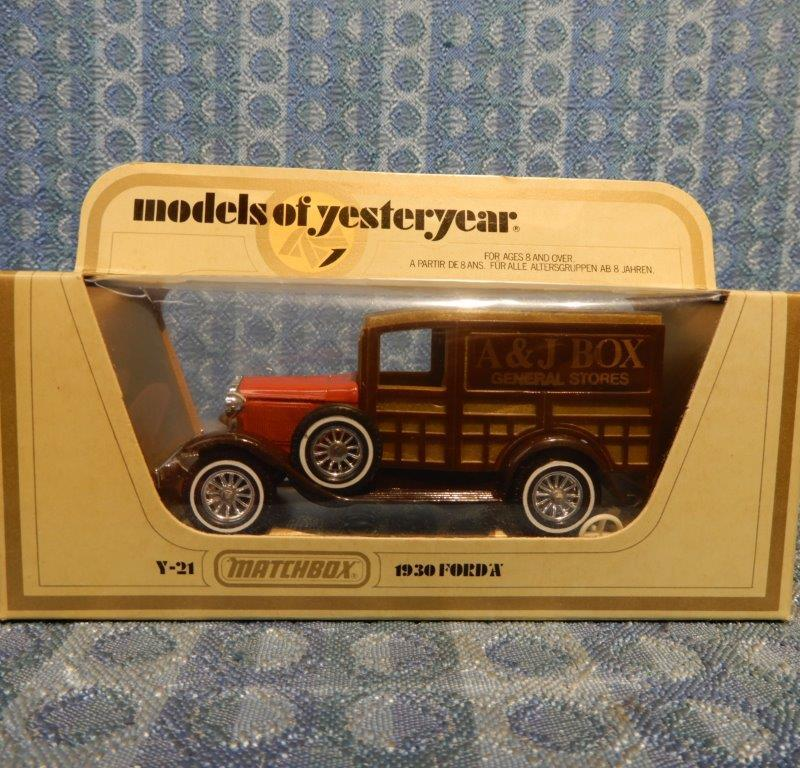 Matchbox Models of Yesteryear 1930 Ford Model A 1:42 Scale #Y-21 A&J Box Stores
