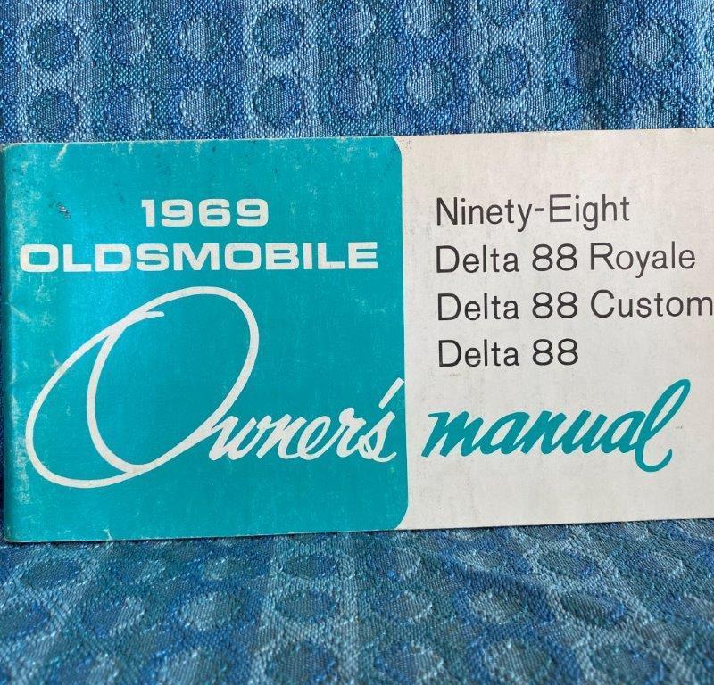 1969 Oldsmobile Original Owners Manual 98, Delta 88, Royal & Custom