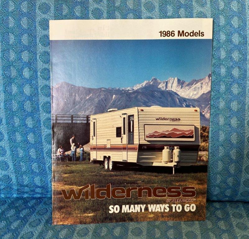 1986 Wilderness Travel Trailer & 5th Wheel Original Sales Brochure