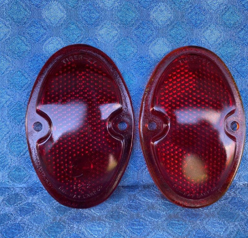 1933-1936 Chevrolet Pair NORS Tiger Eye Glass Tail / Stop Light Lenses 1934 1935