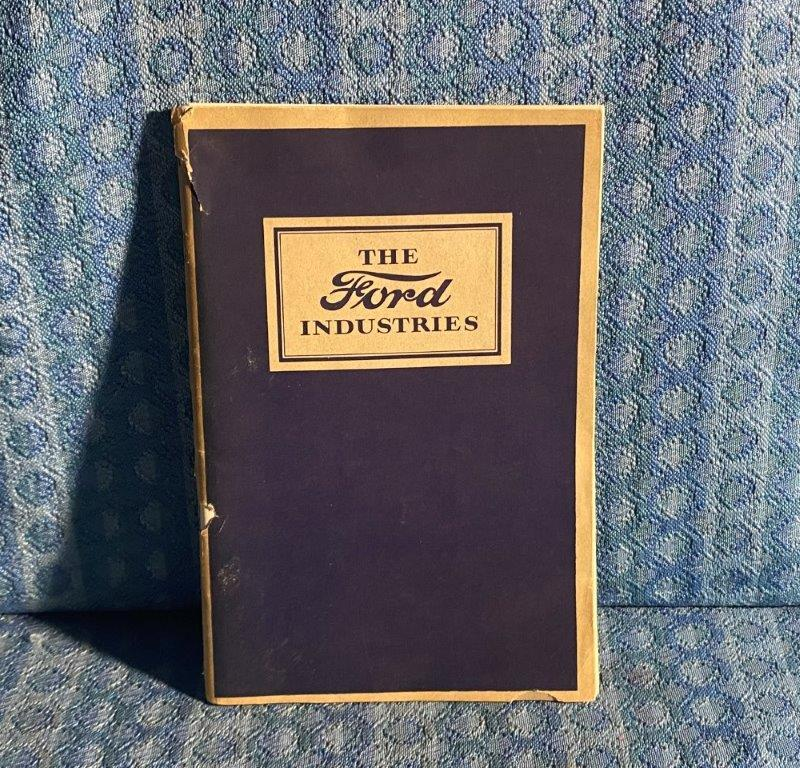 """1926 """"The Ford Industries"""" & Subsidiaries Original Facts Booklet - Model T"""