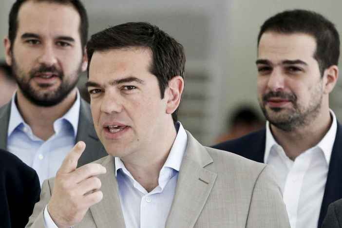 Greek Prime Minister Alexis Tsipras gestures during his visit at the Ministry of Culture, Education and Religious Affairs in Athens June 2, 2015.  Greece will make a 300 million-euro payment to the International Monetary Fund due on Friday it reaches a deal with its lenders by then, even if aid is not disbursed in time, a Greek government official said on Tuesday.  REUTERS/Alkis Konstantinidis      TPX IMAGES OF THE DAY