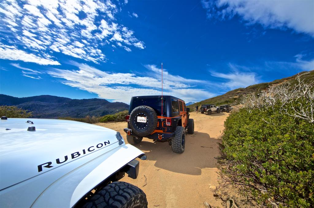 White Rubicon at Cleghorn offroad trail