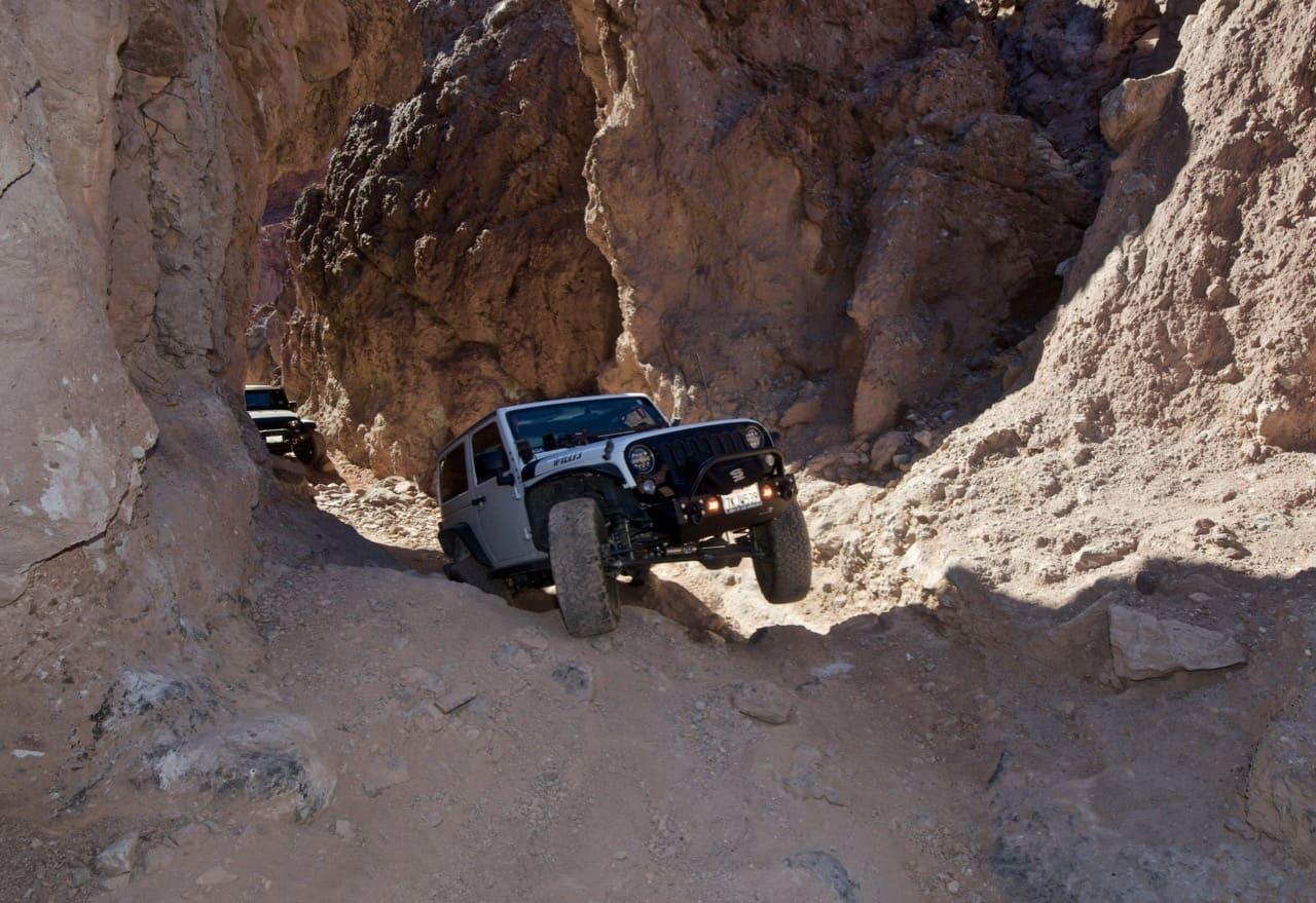 Jeep Wrangler on 3 wheels on Doran off-road trail near Calico