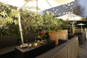 音と料理が織り成すリゾート空間が都会に出現!